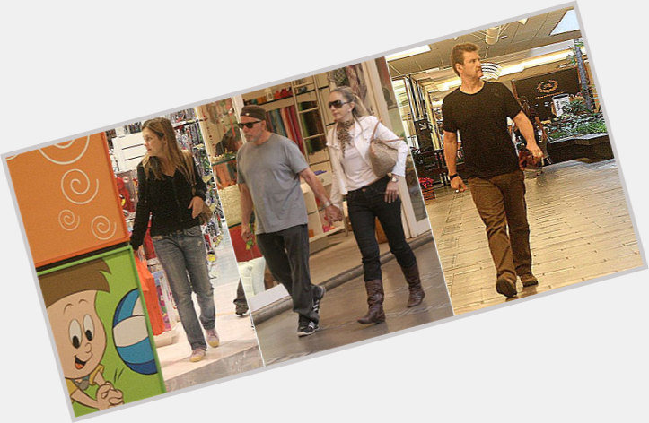 "<a href=""/hot-men/antonio-calloni/where-dating-news-photos"">Antonio Calloni</a> Average body,  light brown hair & hairstyles"