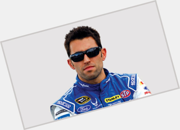 Http://fanpagepress.net/m/A/Aric Almirola Hairstyle 4