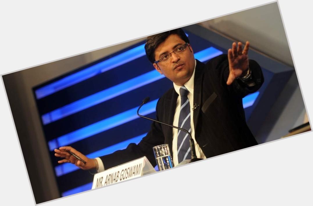 Arnab Goswami full body 8