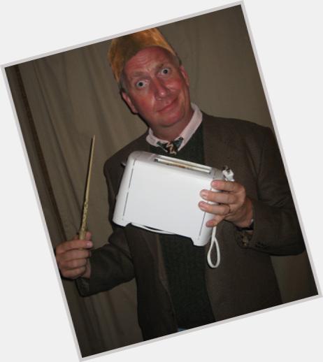 "<a href=""/hot-men/arthur-weasley/where-dating-news-photos"">Arthur Weasley</a> Average body,  red hair & hairstyles"