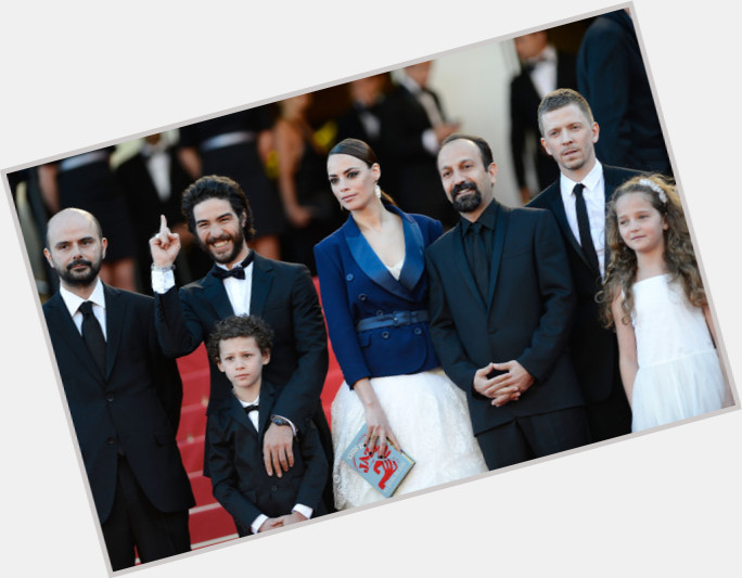"<a href=""/hot-men/asghar-farhadi/is-he-bi-2014"">Asghar Farhadi</a> Average body,  black hair & hairstyles"