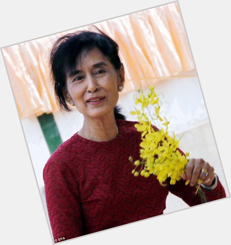 Aung San Suu Kyi body 5