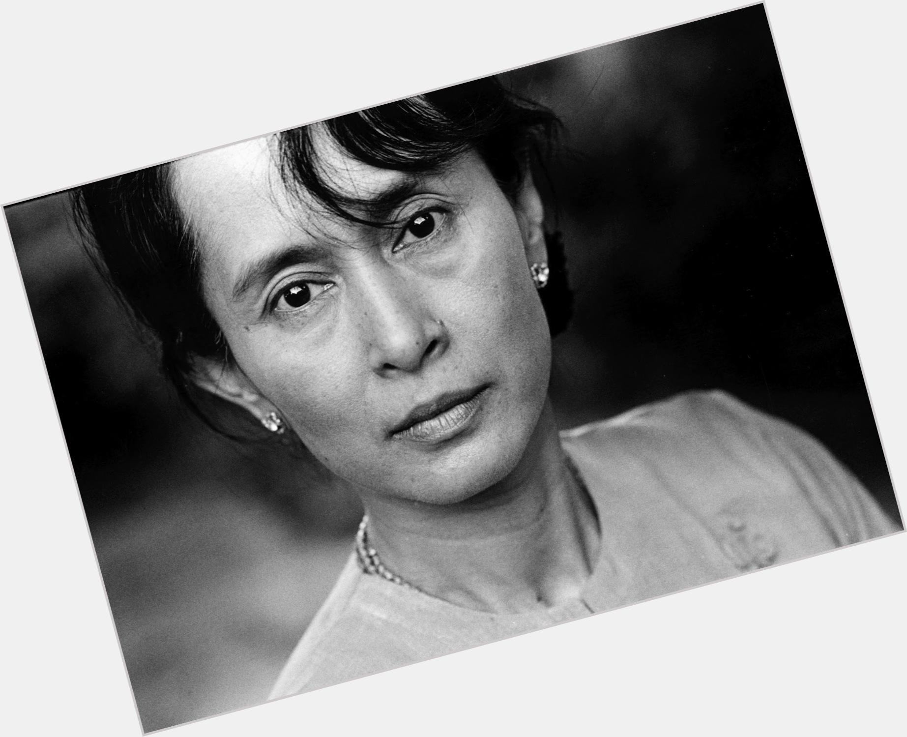 Aung San suu Kyi birthday 2015