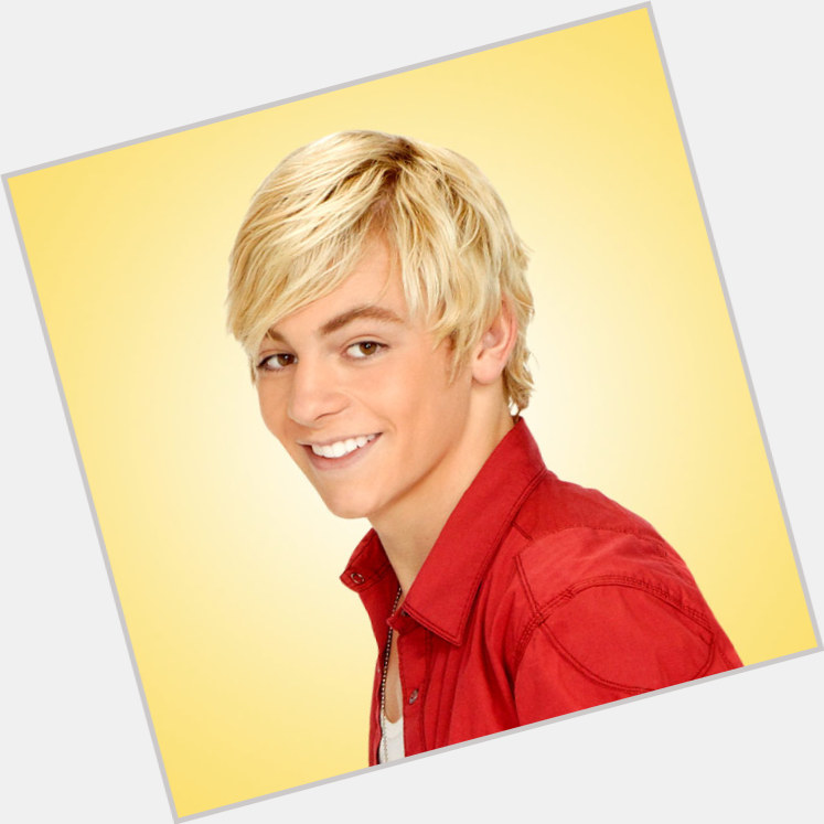 Austin Moon full body 3.jpg