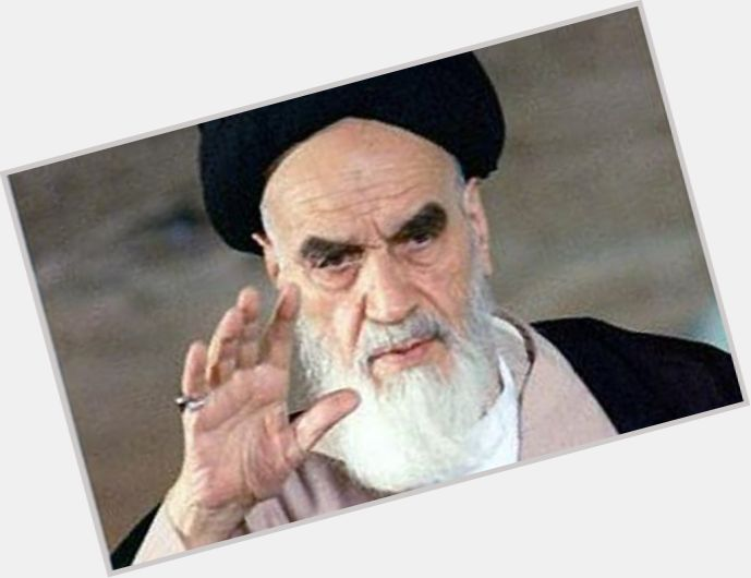 Ayatollah Khomeini new pic 4.jpg