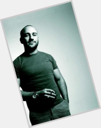 "<a href=""/hot-men/ahmed-mekky/is-he-married-algerian-egyptian-mekkys-wife-tall"">Ahmed Mekky</a> Athletic body,  bald hair & hairstyles"