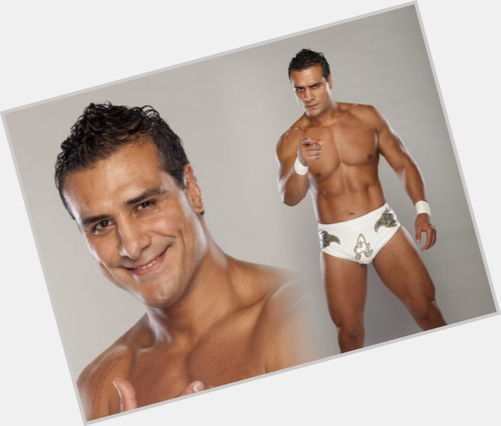 Alberto Del Rio dark brown hair & hairstyles Athletic body,
