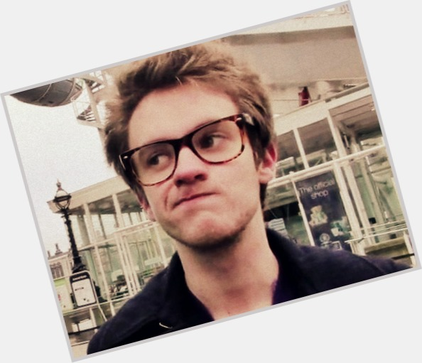 Alex day and carrie fletcher dating advice. what if he is dating someone else.