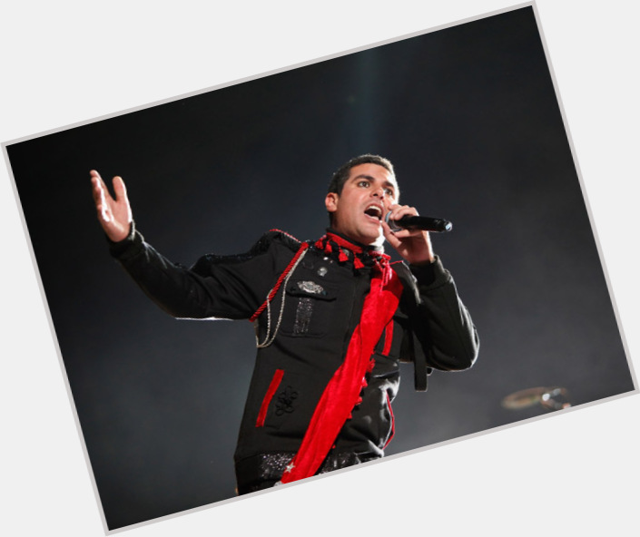 """<a href=""""/hot-men/alien-ant-farm/is-he-still-together-christian-racist-band-around"""">Alien Ant Farm</a>"""