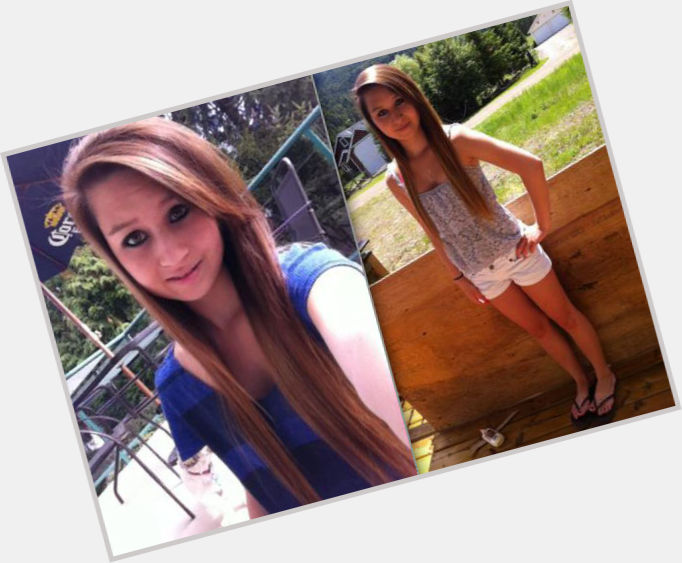"""<a href=""""/hot-women/amanda-todd/is-she-really-hell-innocent-or-alive-story"""">Amanda Todd</a> Slim body,  light brown hair & hairstyles"""