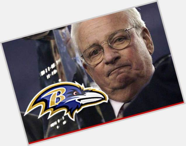 "<a href=""/hot-men/art-modell/is-he-hall-fame-related-mitchell-still-alive"">Art Modell</a> Average body,  grey hair & hairstyles"