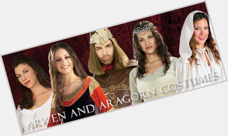 "<a href=""/hot-men/arwen-and-aragorn/is-he-bi-2014"">Arwen And Aragorn</a> Athletic body,  black hair & hairstyles"