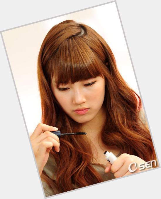 Bae Su Ji full body 7