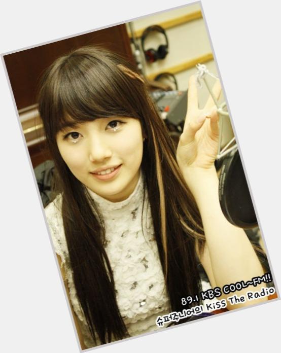 Bae Su Ji hairstyle 5