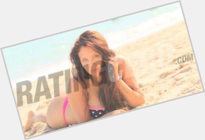 "<a href=""/hot-women/barbara-velez/where-dating-news-photos"">Barbara Velez</a> Slim body,  light brown hair & hairstyles"