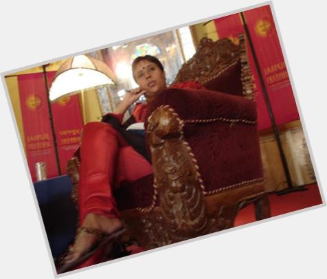 Barkha Dutt full body 8