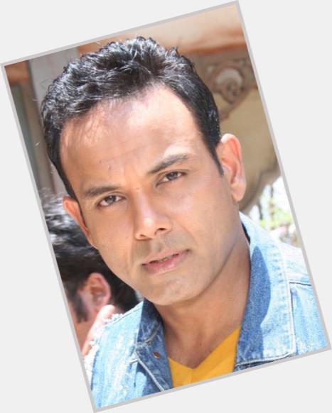 """<a href=""""/hot-men/bhupinder-singh/where-dating-news-photos"""">Bhupinder Singh</a> Average body,  dark brown hair & hairstyles"""