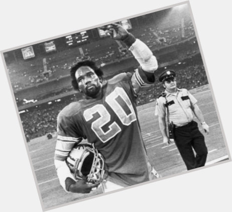 """<a href=""""/hot-men/billy-sims/where-dating-news-photos"""">Billy Sims</a>"""