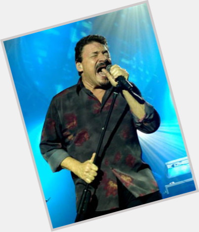 "<a href=""/hot-men/bobby-kimball/where-dating-news-photos"">Bobby Kimball</a> Average body,  dark brown hair & hairstyles"