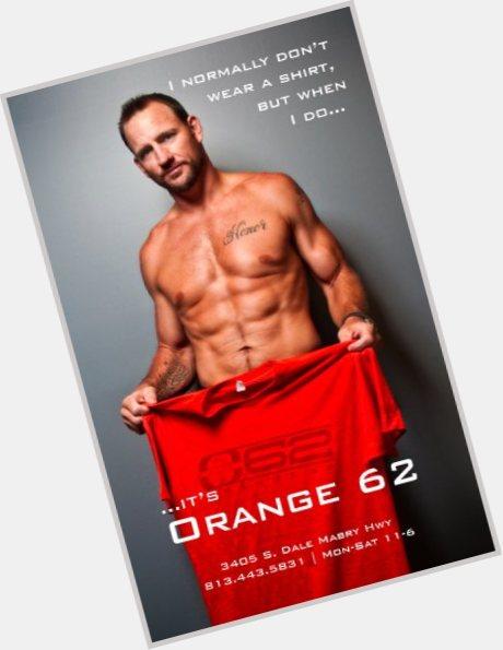 """<a href=""""/hot-men/brad-culpepper/where-dating-news-photos"""">Brad Culpepper</a> Athletic body,  dark brown hair & hairstyles"""