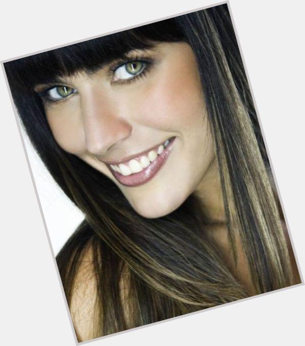 """<a href=""""/hot-women/bruna-alvim/where-dating-news-photos"""">Bruna Alvim</a> Average body,  dark brown hair & hairstyles"""