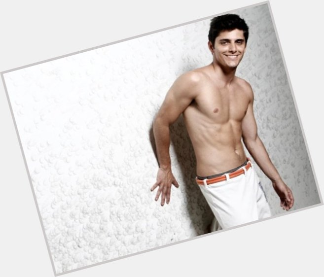 Bruno Gissoni dating 8.jpg
