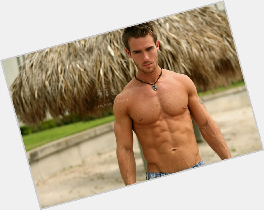 What dating sites is bryan brennick on