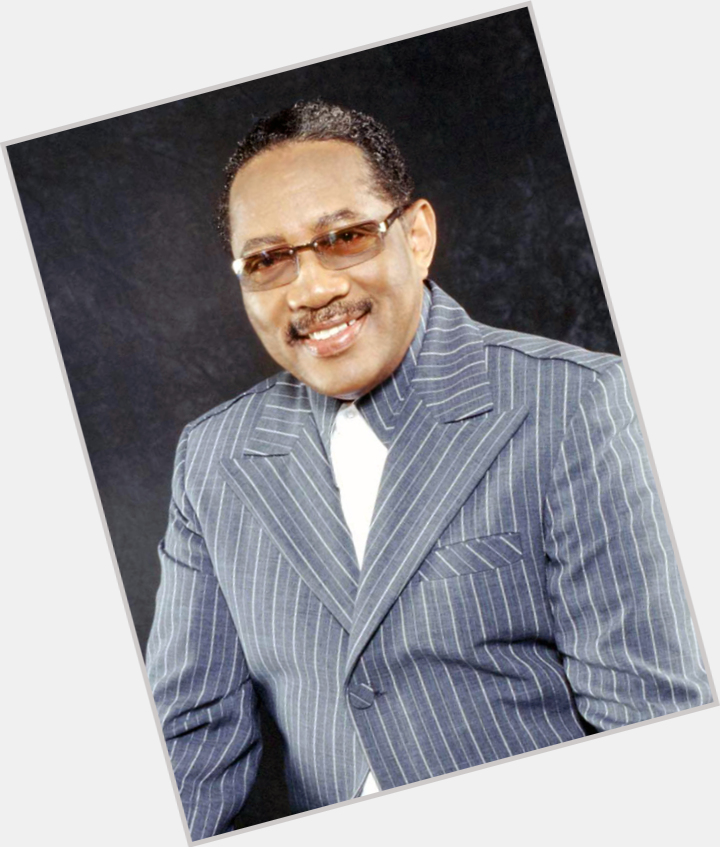 """<a href=""""/hot-men/bobby-jones/is-he-and-quincy-brothers-homosexual-married-donell"""">Bobby Jones</a>"""