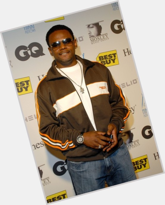 Carl Thomas full body 3