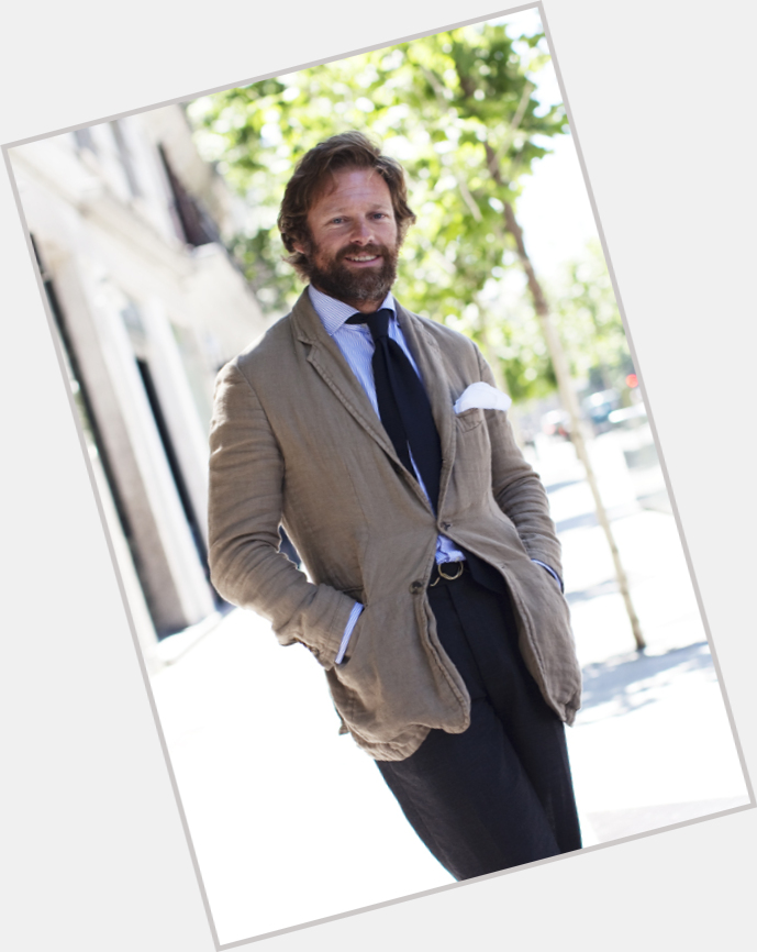 """<a href=""""/hot-men/carlos-castillo/where-dating-news-photos"""">Carlos Castillo</a>"""