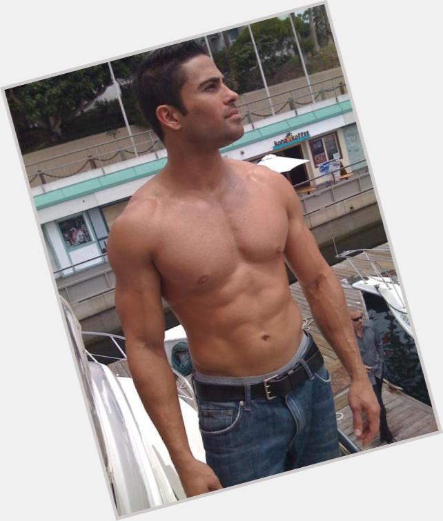 "<a href=""/hot-men/carlos-mendez/where-dating-news-photos"">Carlos Mendez</a>"