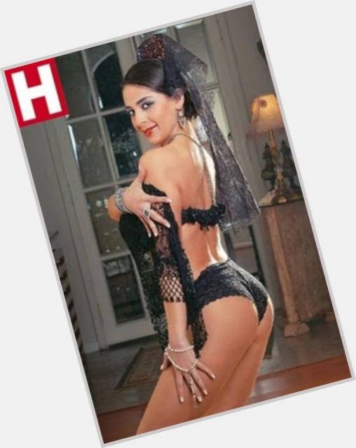 """<a href=""""/hot-women/carolina-oliva/where-dating-news-photos"""">Carolina Oliva</a>"""