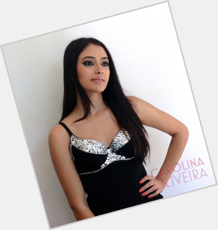 "<a href=""/hot-women/carolina-oliveira/where-dating-news-photos"">Carolina Oliveira</a> Slim body,  dark brown hair & hairstyles"