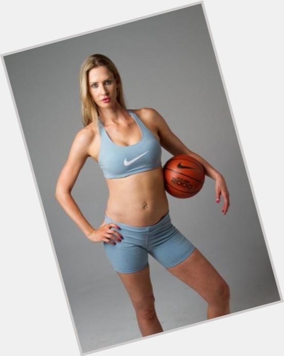 "<a href=""/hot-women/carolyn-moos/where-dating-news-photos"">Carolyn Moos</a> Athletic body,  blonde hair & hairstyles"