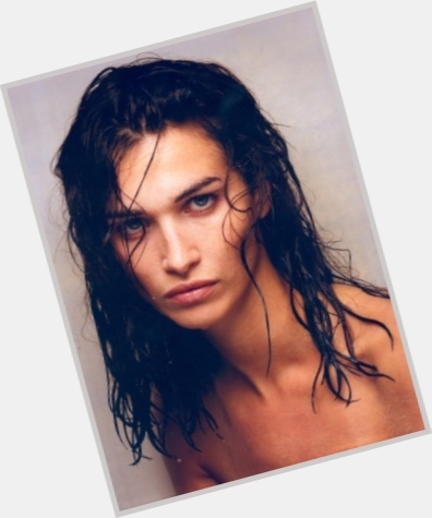 "<a href=""/hot-women/catherine-hurley/where-dating-news-photos"">Catherine Hurley</a> Slim body,  dark brown hair & hairstyles"