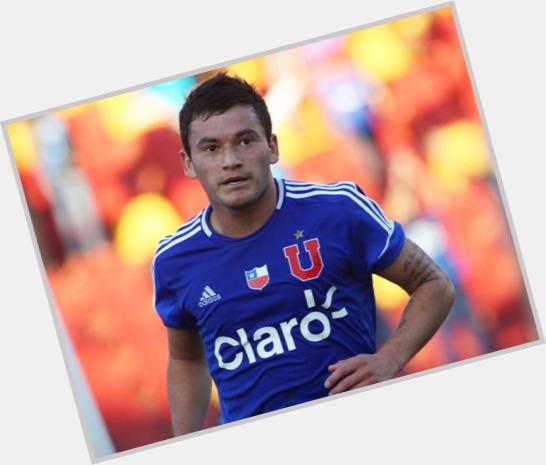 Charles Aranguiz birthday 2015