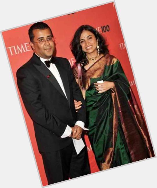Chetan Bhagat dating 2