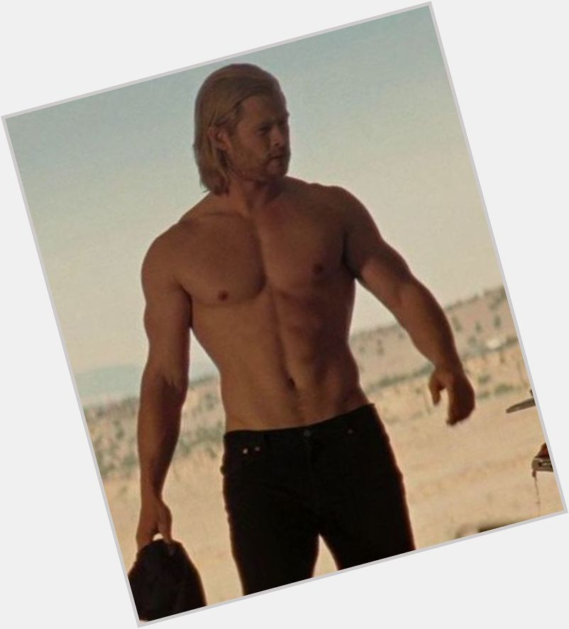 Chris Hemsworth blonde hair & hairstyles Bodybuilder body,