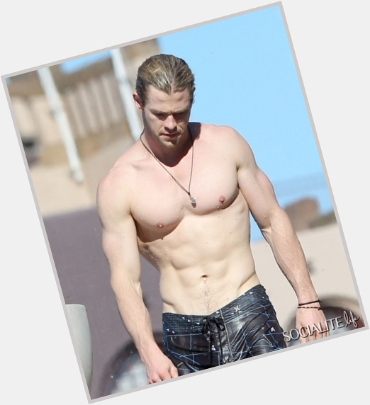 "<a href=""/hot-men/chris-hemsworth/is-he-married-british-related-liam-single-twin"">Chris Hemsworth</a> Bodybuilder body,  blonde hair & hairstyles"