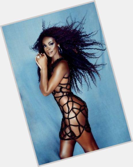 "<a href=""/hot-women/chris-vianna/where-dating-news-photos"">Chris Vianna</a> Athletic body,  dark brown hair & hairstyles"