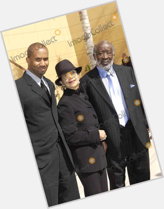 "<a href=""/hot-men/clarence-avant/where-dating-news-photos"">Clarence Avant</a>"