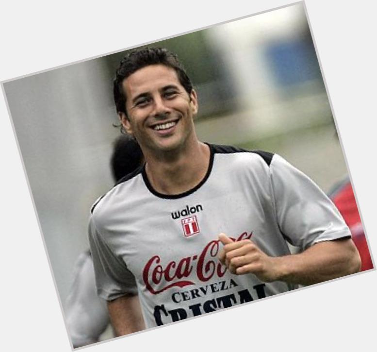 "<a href=""/hot-men/claudio-pizarro/where-dating-news-photos"">Claudio Pizarro</a>  dark brown hair & hairstyles"