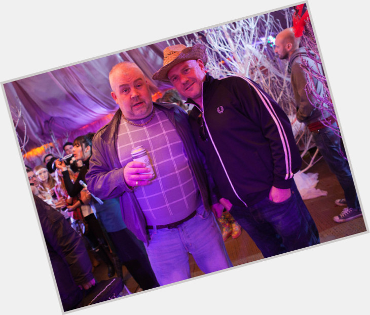 """<a href=""""/hot-men/cliff-parisi/is-he-hollyoaks"""">Cliff Parisi</a> Average body,  blonde hair & hairstyles"""