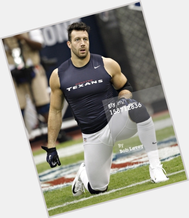"<a href=""/hot-men/connor-barwin/where-dating-news-photos"">Connor Barwin</a>"