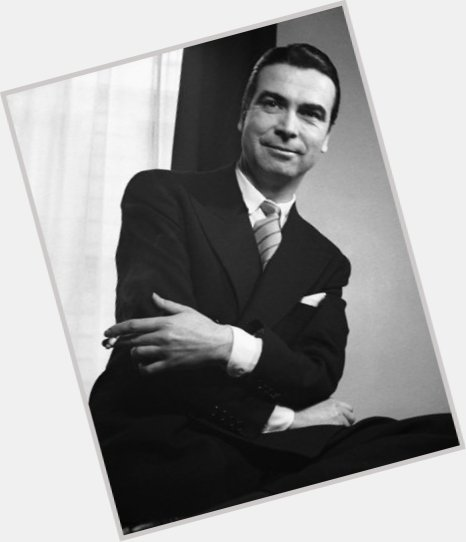 Cristobal Balenciaga dating 2.jpg