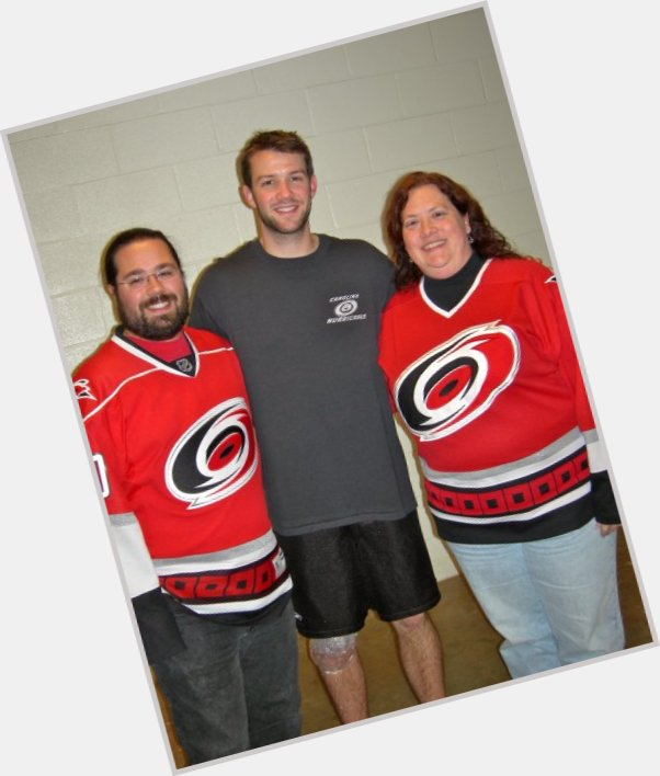 "<a href=""/hot-men/cam-ward/is-he-playing-tonight-injured-hurt-healthy-married"">Cam Ward</a> Athletic body,  light brown hair & hairstyles"