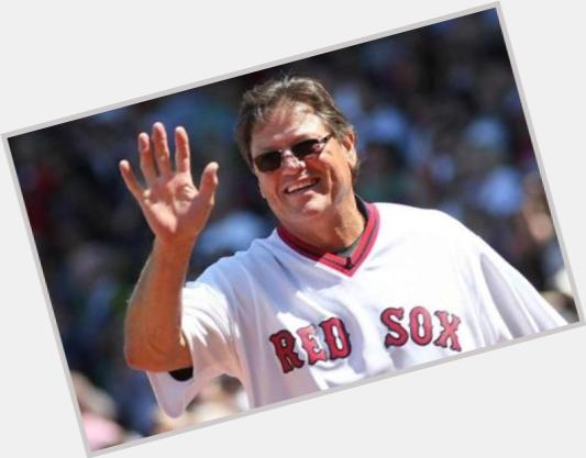 """<a href=""""/hot-men/carlton-fisk/is-he-married-alive-baseball-hall-fame-what"""">Carlton Fisk</a>"""