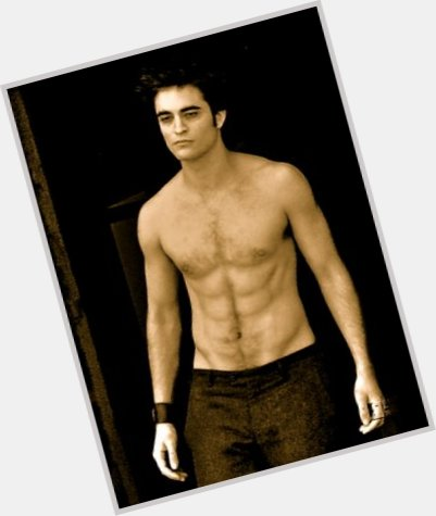 "<a href=""/hot-men/cedric-diggory/is-he-hufflepuff-edward-cullen-bad-order-phoenix"">Cedric Diggory</a> Athletic body,  light brown hair & hairstyles"