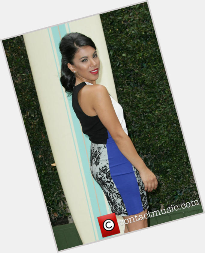 chrissie fit on zoey 101 3