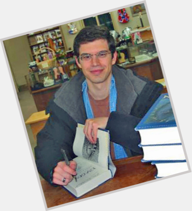 is christopher paolini writing a new book A fifth book is a confirmed follow-up to the inheritance cycle by christopher paolini in a live twitter q&a session on march 23, 2015, author christopher paolini.